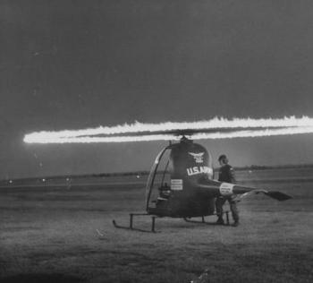 Hiller Hornet YH-32 Helicopter during start up